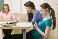 Excess Use Of Social Media & Texting Leads To Poor Academic Performance
