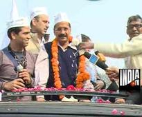 Kejriwal cautions AAP MLAs against offers by others