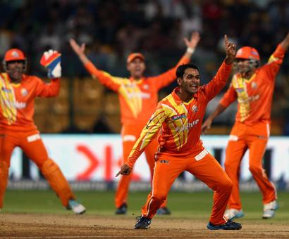 Scorchers tame Lions, pave way for Chennai's entry to CLT20 semis