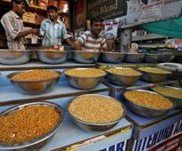 India to buy oilseeds from farmers in bid to slash imports