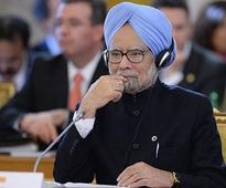 Global economic conditions favourable, but Centre unable to get act together: Manmohan Singh