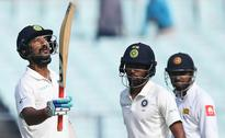 Angelo Mathew, Lahiru Thirimanne make it a good Day 3 at Eden Gardens as Sri Lanka look for lead against India