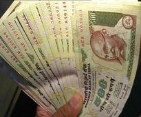 As RBI declines exchange, son left with dead father's stash of old notes