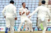 Aussies build up lead over Sri Lankans