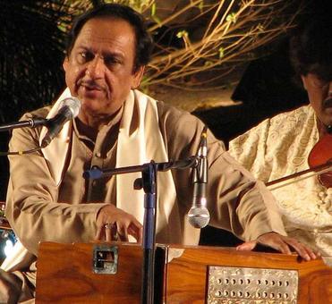 Pakistani ghazal singer Ghulam Ali's concert cancelled in Mumbai