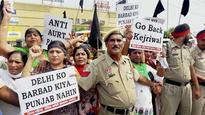 Kejriwal go back: Delhi CM shown black flags again in Amritsar