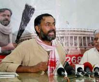 Don't speak: AAP sacks Yadav, Bhushan spokespersons, new panel full of Kejriwal loyalists