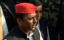 Uttar Pradesh election: Akhilesh casts vote, parries questions on Mulayam