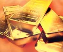 Gold down 0.7% on weak global cues; profit-booking