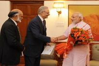 No-frills Modi gives new touch to Indian diplomacy