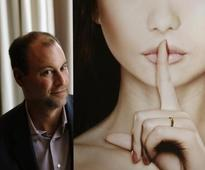 Ashley Madison parent CEO quits after huge infidelity data hack