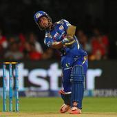 IPL 8: Lendl Simmons, Unmukt Chand power Mumbai to 209/7 against RCB