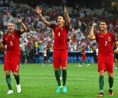 Portugal beat Poland in shootout to reach Euro semis