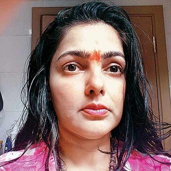 Non-bailable warrant for Mamata Kulkarni