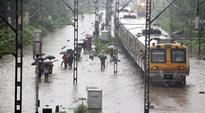 Mumbai: 30 people trapped in flood