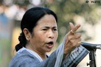 Bengal's development model better than that of Gujarat: Mamata