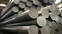Steel remains flat in thin trade