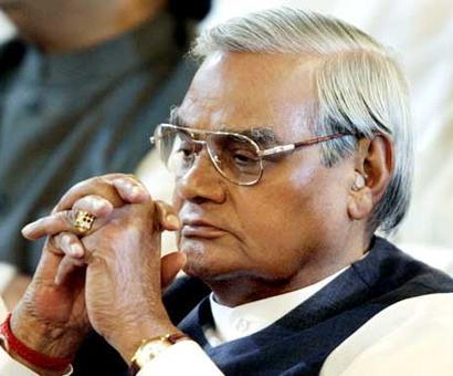 Ram Temple should be b'day gift to Atal: Sena MPs