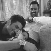 MS Dhoni's daughter Ziva describes father in best way, asks everyone to keep calm