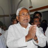 Bihar polls 2015: CM Nitish Kumar begins 'Har Ghar Dastak' to seek feedback from people