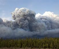 Alberta declares emergency as fires threaten Canada oil town Fort McMurray