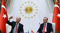 Biden tells Erdogan that only a federal court can extradite Gulen