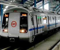 Technical snag hits Blue line metro