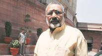 Shiv Sena backs Union Minister Giriraj Singh on sterilisation remarks