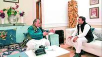 UP polls: Mulayam Singh Yadav seeks consolation deal