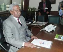 Ranjit Sinha meets Arun Jaitley, spraks speculations over continuation as CBI chief