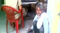 Video: Man goes to police station to file FIR, cops make him polish shoes