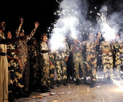 Amid border tension, Pak Rangers refuse BSF's Diwali sweets