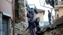 Pope Francis dispatches Vatican firefighters to help in Italy quake rescue