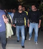 After a grand reception, Salman Khan returns from Mandi with his family