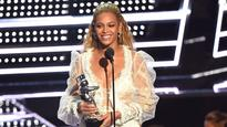 Beyonce sweeps MTV VMAs, breaks the record for most win!