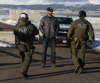 Three of four occupiers at Oregon wildlife refuge surrender