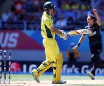 World Cup: Australian Star Glenn Maxwell Mocked for Kiwi 'Choke' Gesture