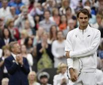 Federer launches U.S. Open bid against Mayer