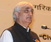 Khurshid flies to Saudi Arabia, will discuss Nitaqat