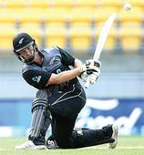 Munro stars in New Zealand win against Pakistan