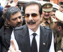 Supreme Court puts off hearing, Sahara chief Subrata Roys jail stay gets longer
