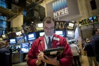 Wall Street finishes higher in afternoon rally as oil gains