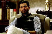 15 tips men can learn from Fawad Khan's character in 'Khoobsurat' to be the perfect Prince Charming