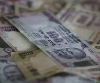 Rupee gains 27 paise to end at 67.68/$