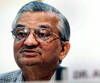Selection process of IIT directors like 'running lottery': Kakodkar