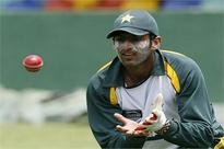Shoaib Malik promoted to grade 'A' contract by PCB