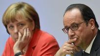 Merkel, Hollande call for special eurozone summit on Greece