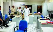 Venkaiah Naidu finds no staff members even at 9:10 am at office