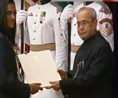 Sindhu, Dipa conferred Khel Ratna