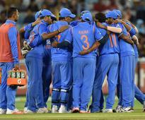 India vs Australia Live Score: 5th Match in Sydney